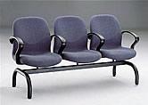 威廉厚泡布面扶手三人排椅