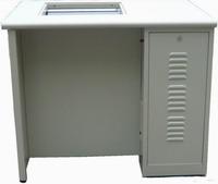 下潛式電腦桌